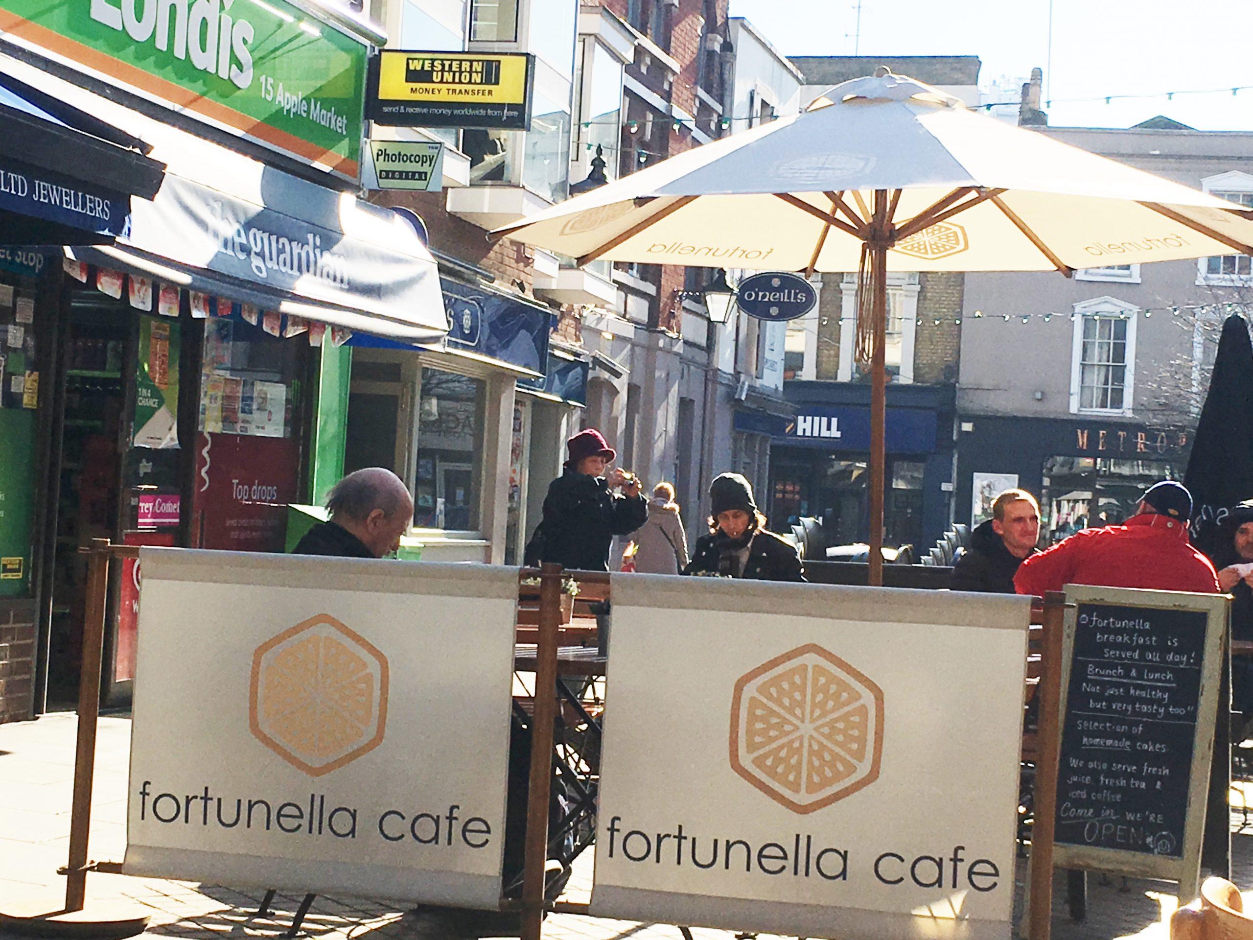 Bambrella Levante 3m Round Parasols - Fortunella Cafe
