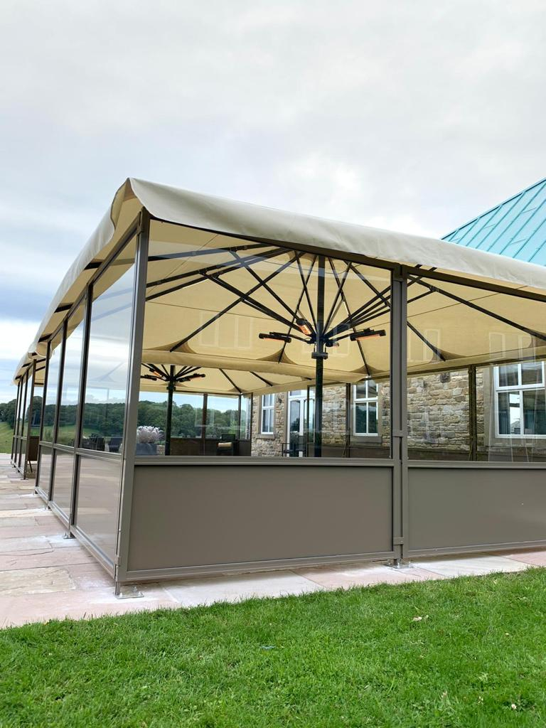 restaurant terrace with wide lateral screens
