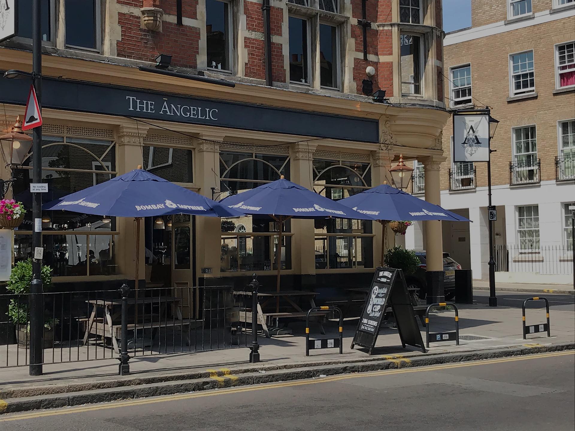 cantilever parasol for pub uk